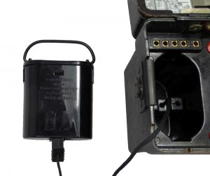 Batteriebecher mit Batterieschnur